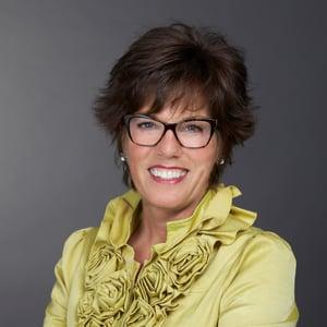 Karen Lazowski Headshot (1)